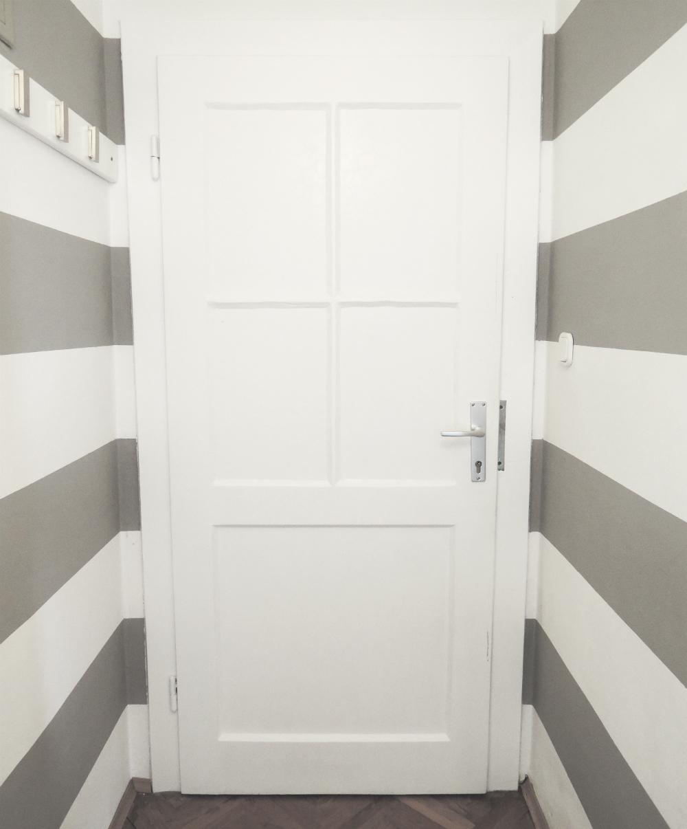 2 the door