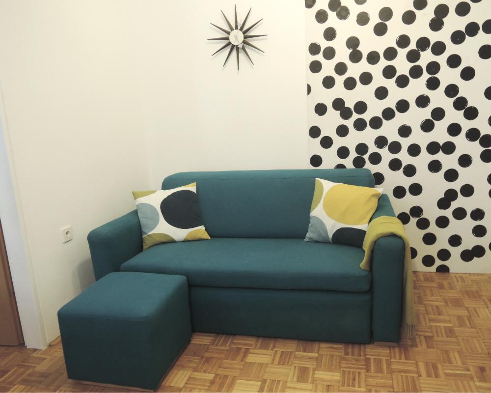 footstool 32